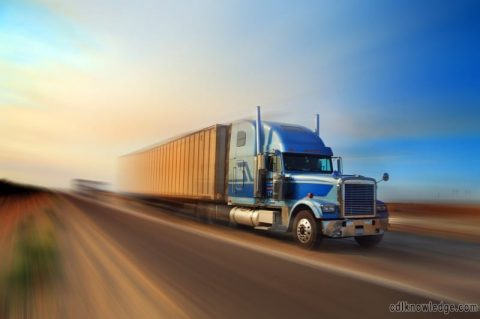 What to Expect from Commercial Truck Driving School